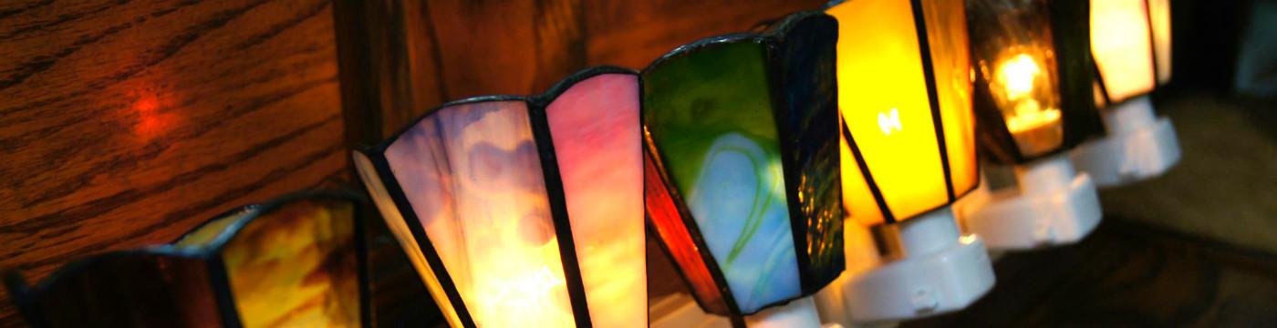 ガラスのランプをハンドメイド